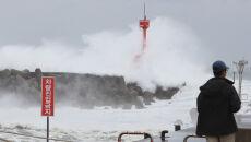 Tajfun Maysak zmierza do Korei